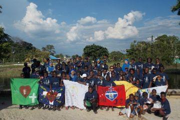 Jugendcamp des Institutes des Fleischgewordenen Wortes in Surinam