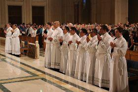 Priester- und Diakonenweihe in USA