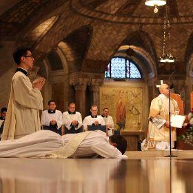 Priesterweihe USA / Italien